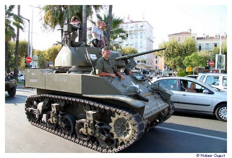 Militärparade in Cannes